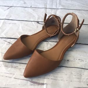 Old Navy Cognac flats with ankle strap size 8